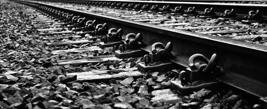 railroad-tracks-1334401875hko