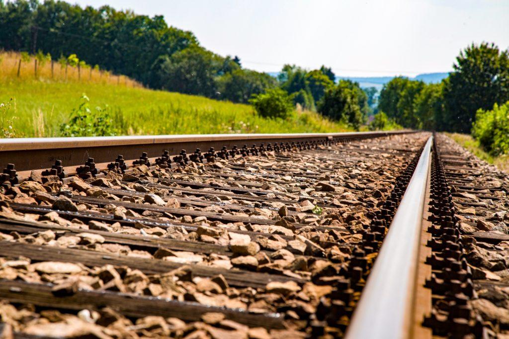 railroad-1463928678sFC